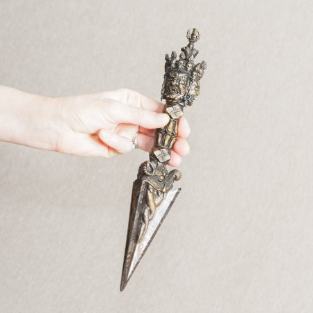 Real Meteorite Iron (Namchak) Phurba, masterfully crafted Tibetan ritual dagger : buy from exclusive ritual goods collection