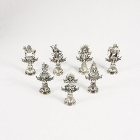 Seven Treasures of Chakravartin : Figurines for Buddhist altar — 17 cm