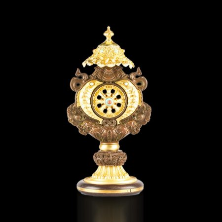 Tibetan buddhist altar: buy beautiful Ashtamangala, Eight Auspicious Symbols in one statue — DharmaCraft buddhist boutique